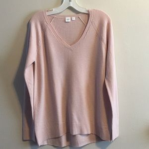 GAP Nude wool mix V-neck sweater S